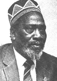 Jomo Kenyatta returns from exile